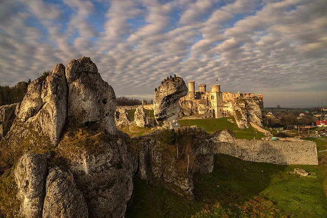 Castle in Ogrodzieniec- on the Eagle's Nests Trail